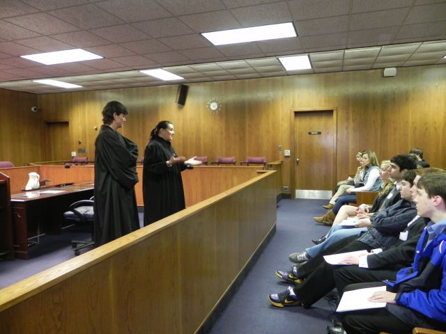Judge Lisa Gorcyca and Chief Judge Nanci J. Grant speak to students