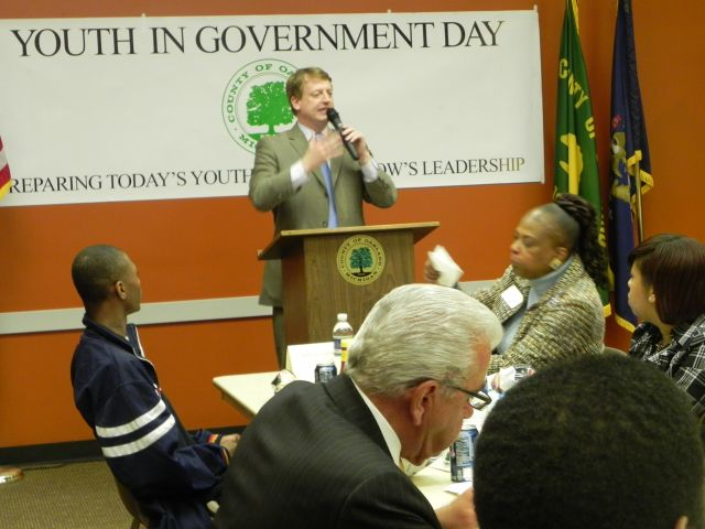 Commissioner Tim Greimel hosts the Youth in Government luncheon