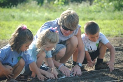 Youths enjoying 4-H Green Science Adventure Camp