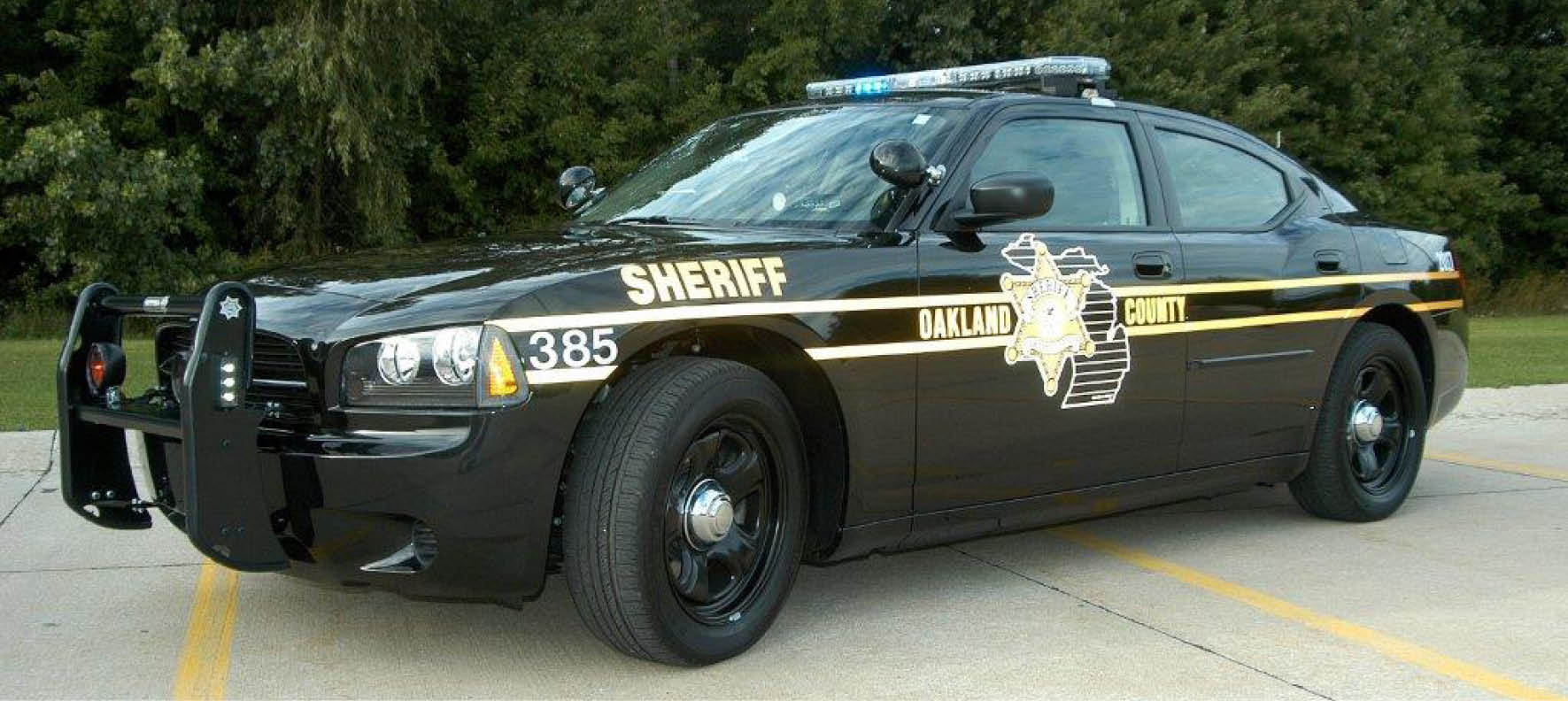 Oakland County Sheriff Patrol Car